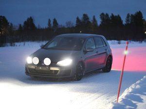 Ispitivanja na snijegu provedena su u Ivalu u Finskoj, testno vozilo Golf 7 GTI