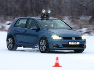Testno vozilo VW Golf na staz Ivalo u Finskoj